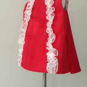 czerwona sukienka sztruks